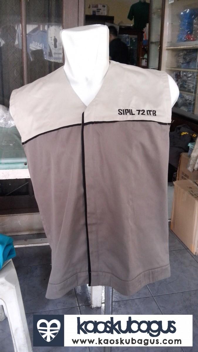 #34 Keunikan Polo Shirt Sebagai Pakaian Semi-Resmi
