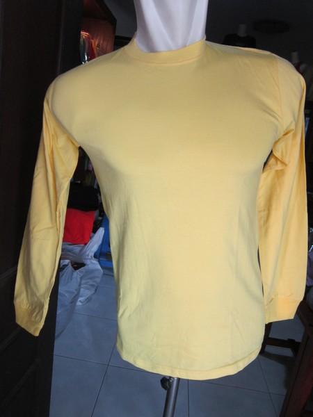Memesan Baju Kaos Lengan Panjang